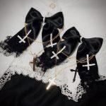 ヘアクリップ 修道の逆十字 ゴスロリ ゴシック ロリータ レース 黒 十字架 クロス ヘアアクセサリー 病みかわいい 衣装 コスプレ リボン
